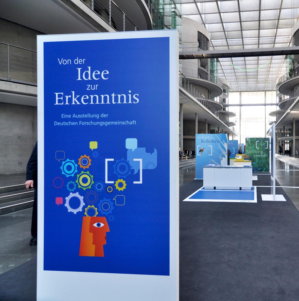 Bilder aus der Ausstellung 'Von der Idee zur Erkentnis' der Deutschen Forschungsgemeinschaft